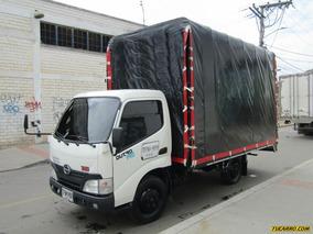 Camion Estacas Hino Dutro Pro