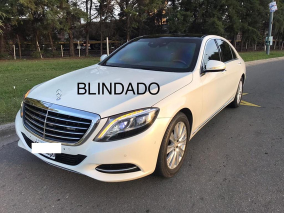 Mercedes Benz S500 V8 At