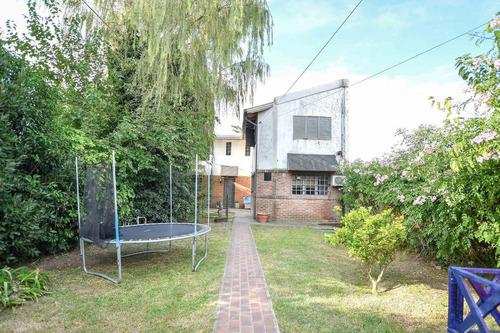 Imagen 1 de 30 de Casa Venta 5 Dormitorios 2 Baños Y Parrilla-lote 10 X 50 - Manuel B Gonnet