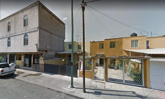 Casa En Venta En Aldebaran El Rosario (oportunidad)