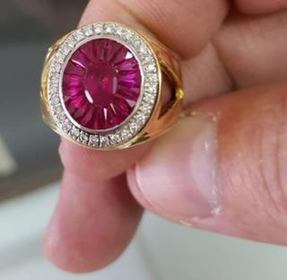Anillo De Rubi Y Diamantes Exclusivo