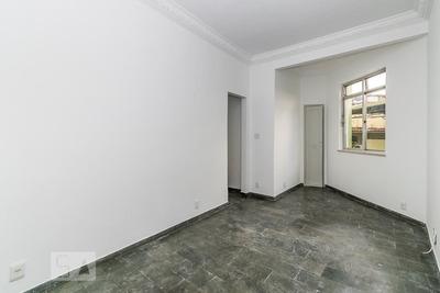 Apartamento No 1º Andar Com 2 Dormitórios E 1 Garagem - Id: 892916484 - 216484