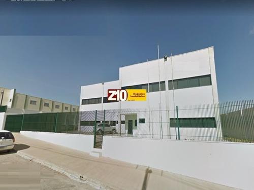 Excelente Galpão Industrial Com Localização Esplendida E Estacionamento - Distrito Industrial - Indaiatuba / Sp - Gl00361 - 32948189
