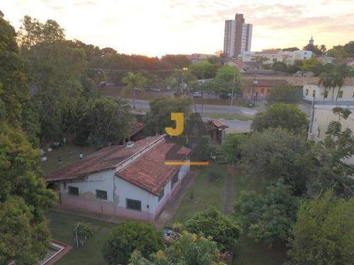 Linda Chácara Com Excelente Localização 3 Dormitórios À Venda, 2586 M² - Centro - Jaguariúna/são Paulo - Ch0658