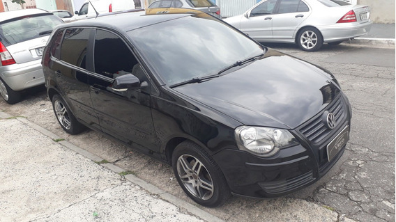 Volkswagen Polo 1.6 Total Flex - 2011