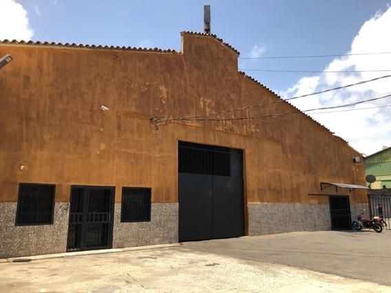 Venta De Galpón En Centro De Puerto Cabello 398037 Ih
