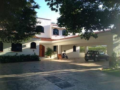 Belleza De Residencia En El Lujoso Club De Golf La Ceiba