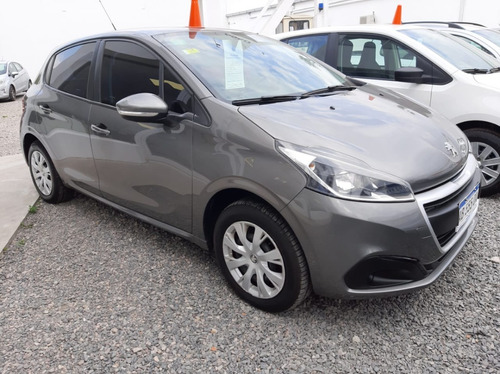 Peugeot 208 Active 1.6 2017