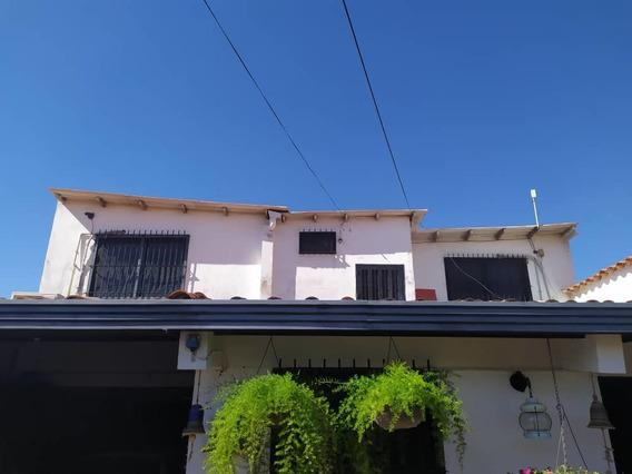 Habitaciones En Alquiler Urb Corocito Santa Cruz