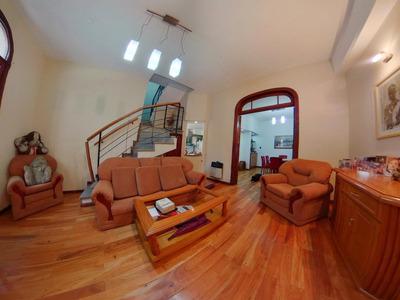 Hermosa Casa De 4 Dormitorios En Zona Río Con Quincho, Terraza Y Cochera