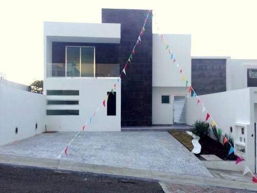 Hermosa Casa En Real De Juriquilla 317 M De Terreno 330 M2