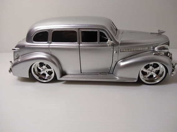 Miniatura Chevy Master 1939 Deluxe - Escala 1:24 Jada