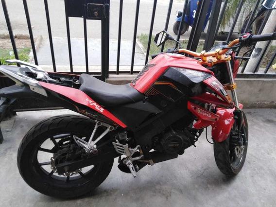 Moto Ssenda 200cc 2014 Deportiva A S/.1800