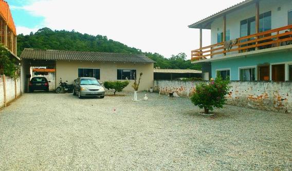 Excelente Casa Com Amplo Terreno Em Frente - Palhoça-sc - Ca2045