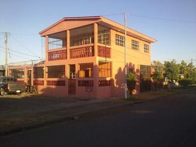 Venta Casa 2 Pisos Altos De Motastepe, Managua.