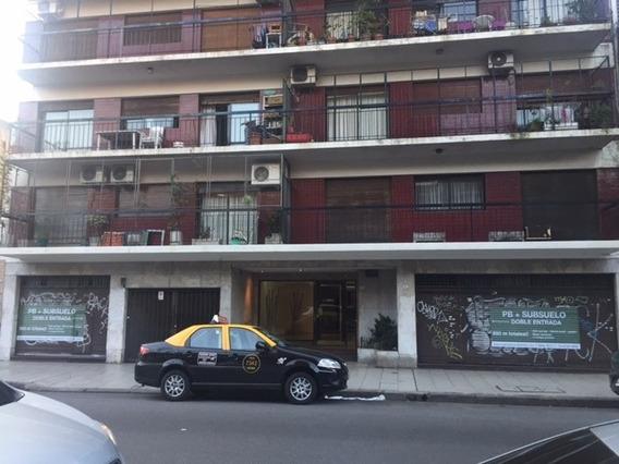 Galpon-local, V. Crespo, A. Figueroa 163, 420 M2