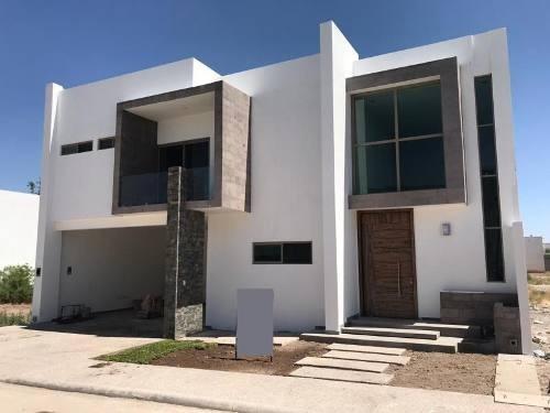Casa Sola En Venta Fracc.las Trojes