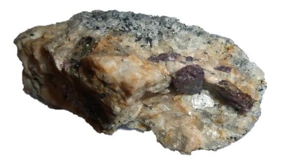 Mineral De Colección Rubi En Matriz