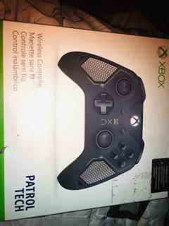 Control Xbox One Con Entrada Para Audífonos.