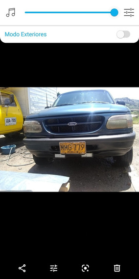 Ford Explorer Cupe