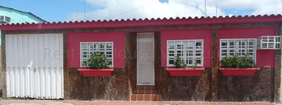 Casa En Venta El Tigre Anzoategui 20 8895 J&m 04120580381