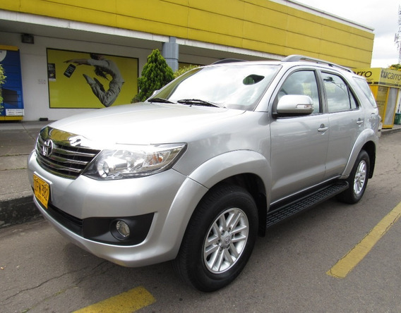 Toyota Fortuner Sr5 2.7 Automatica 7 Pjs 4x2