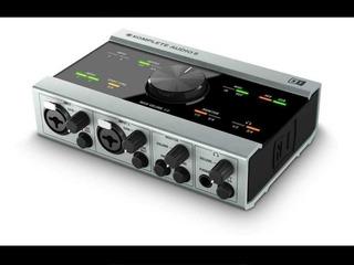 Placa De Sonido Komplete Audio 6 (native Instruments)
