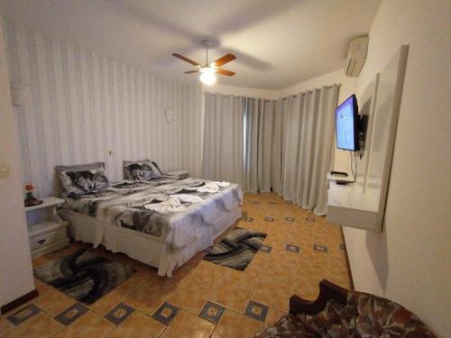 Imagem 1 de 8 de Sobrado Para Venda Por R$2.200.000,00 Com 570m², 4 Dormitórios, 3 Suites E 2 Vagas - Vista Linda, Bertioga / Sp - Bdi35769