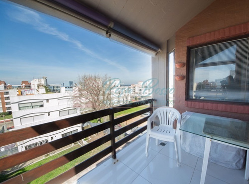 Apartamento En Punta Del Este, Peninsula   Rosa Bosso Inmobiliaria Ref:5221- Ref: 5221