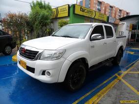 Toyota Hilux 2.7 Mt