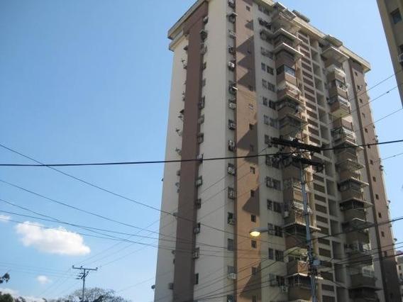 Vendo Apartamento Cod Flex: #19-14952 /telf: 0414.4673298