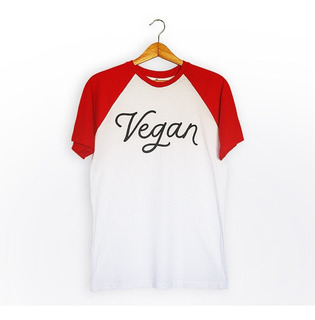 Remera Ranglan Vegan (blanco Y Rojo) Unisex