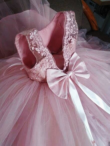 Vestido De Niña Talla 3 A6 Elaborado En Tafeta Y Guipiur,