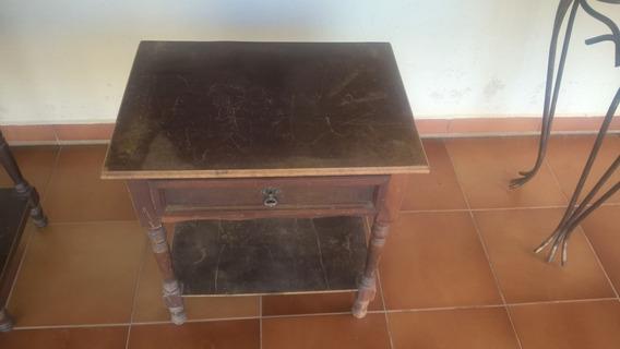 Móveis Antigos - Criado Mudo - Madeira Maciça Antiga -uma Pç