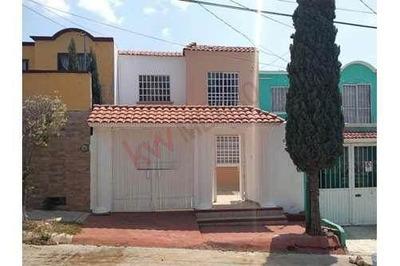 Casa En Venta En Fraccionamiento Las Águilas Al Norte Oriente De La Ciudad.