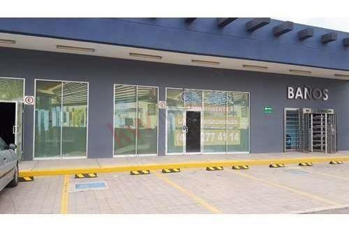 Locales En Renta En Gasolinera Con Super Q / Carr Mex-qro Por Conin / Miranda. Querétaro