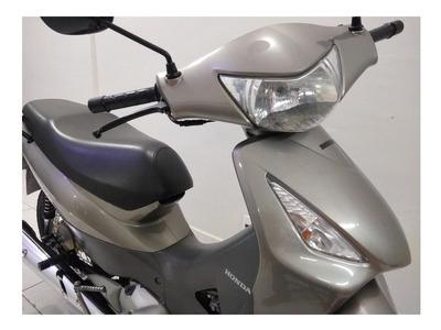 Honda Biz 125 Es Scooters