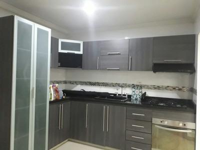 Vende Casa En Brizalia Con Sistema De Seguridad