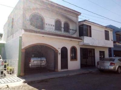 Casa Sola En Venta Casa Barata, Dos Plantas, Cerca De Bodega Aurrera, Benito Juarez.