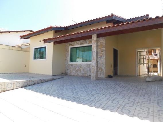 Casa Para Locação No Balneário Continental Em Peruíbe.