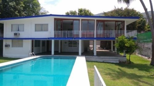 Bonita Casa En Fracc. La Bocana