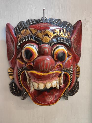 Máscara Barong Decorativa De Madeira