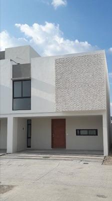 Venta De Casa Por Mariano Otero El Fortin