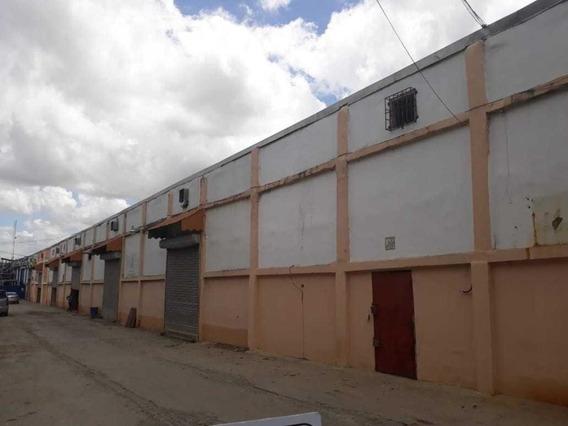 Nave Industrial En Alquiler C/baño Y Oficina En Ciudad Real