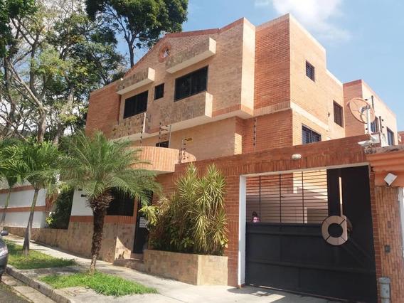 Q1027 Consolitex Vende *townhouse En El Parral