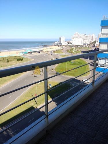 Encantador Departamento De 3 Dormitorios Frente Al Mar Primera Linea Brava-ref:2241