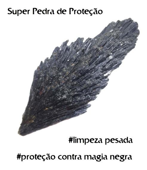 Pedra Vassoura De Bruxa Cianita Negra Natural Pequena