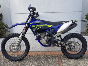 Sherco 300cc Enduro Cross Akrapovic