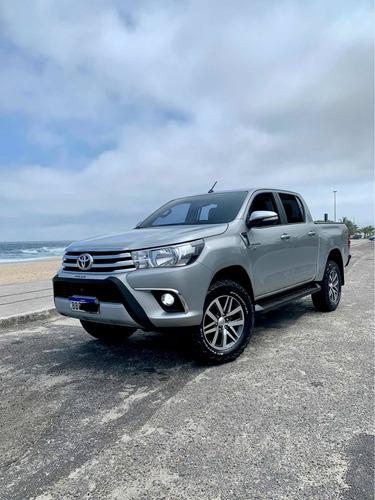 Toyota Hilux 2017 2.7 Srv Cab. Dupla 4x2 Flex Aut. 4p