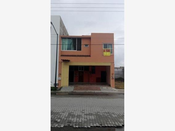 Casa Uso De Suelo En Venta Fracc Parque Ecologico